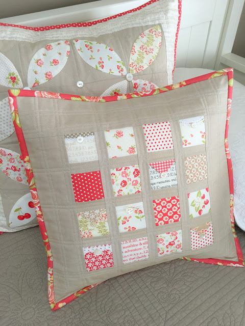 Love Notes Pillow Tutorial @ Carried Away Quilting