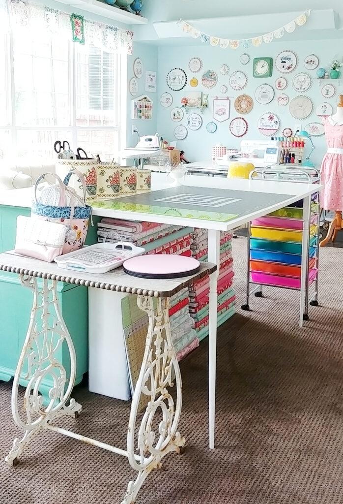 Sewing Room Studio Reveal at Flamingo Toes.