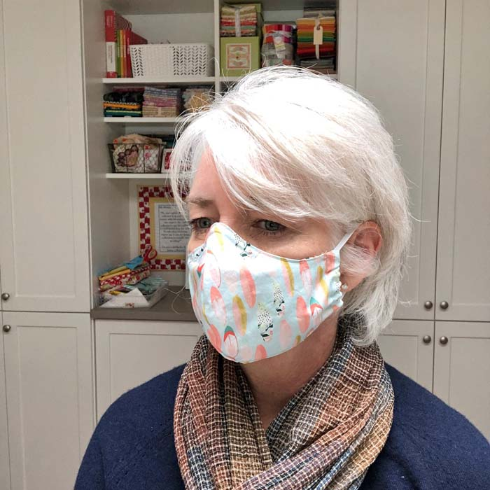 This Versatile Face Mask Pattern is a free tutorial by Julie Cefalu @ The Crafty Quilter.  It includes pattern templates than you can download and print.