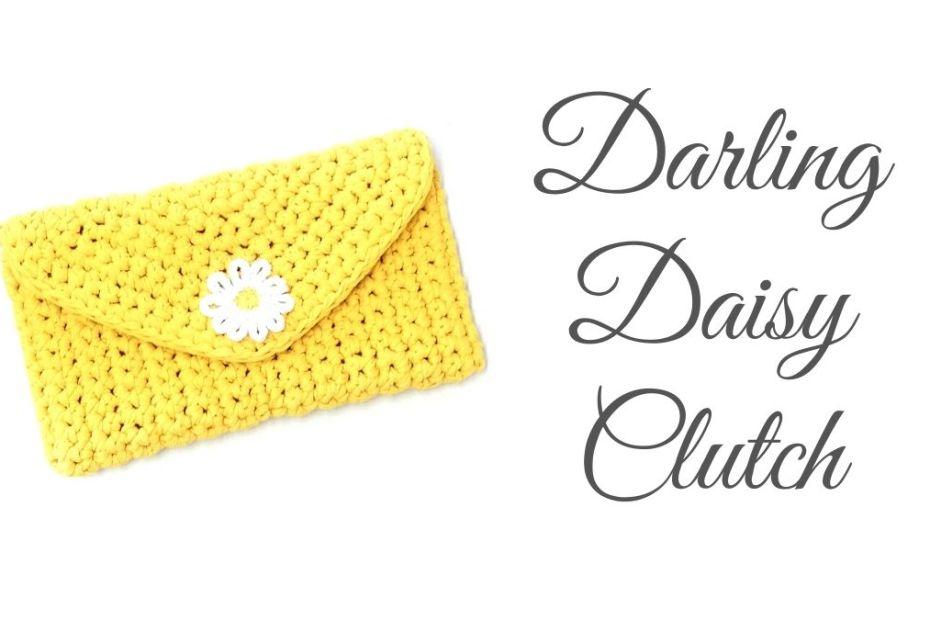 Daisy clutch crochet bag blog post title picture