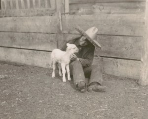 Helen_with_Lamb_1929