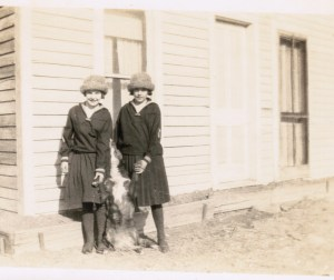 Marion_Helen_ShawPlace_1922