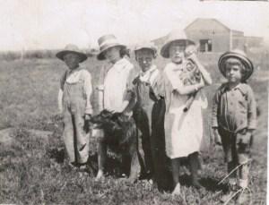 RayCorbett_Marion_Bill_Helen_Tip_DogDenny_CatTiger_1919