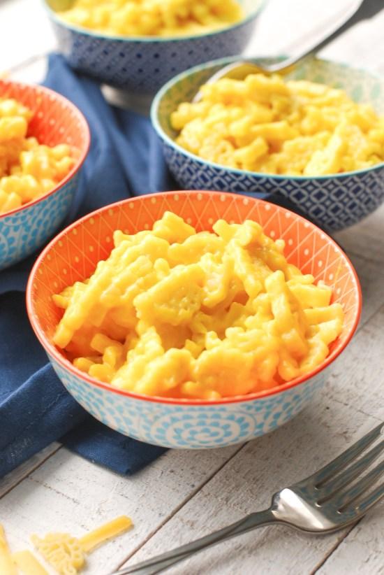 Bowls of homemade, kid-friendly mac' and cheese.