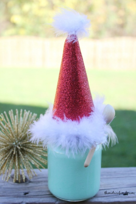 The Best Grinch Crafts and Treats - make this fun Grinch Sugar Scrub this Christmas. How the Grinch Stole Christmas fun and handmade Christmas gifts