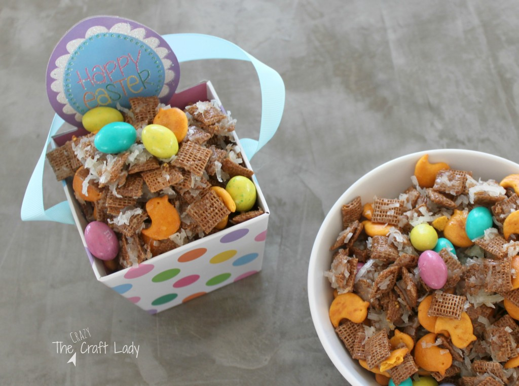 Easter Snack Mix with cheddar snack crackers and Easter egg M&MS. This recipe is seriously addicting!