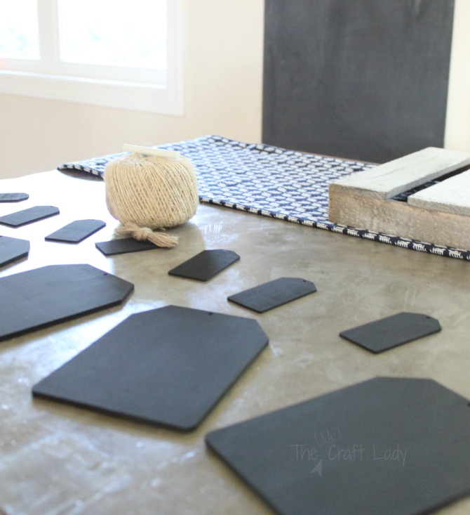 Follow this tutorial from The Crazy Craft Lady to make a simple + rustic DIY mini chalkboard garland. It's perfect for seasonal decor, since you can change out chalk writing on the tags or for year-round decor on your mantel.