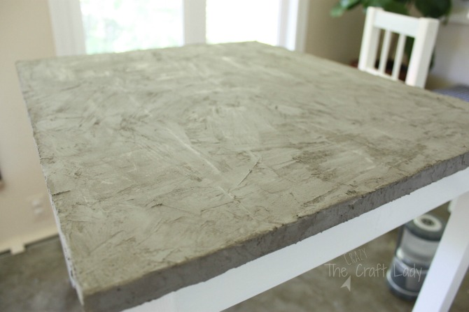 the tutorial - update a kids play table with a DIY concrete table top