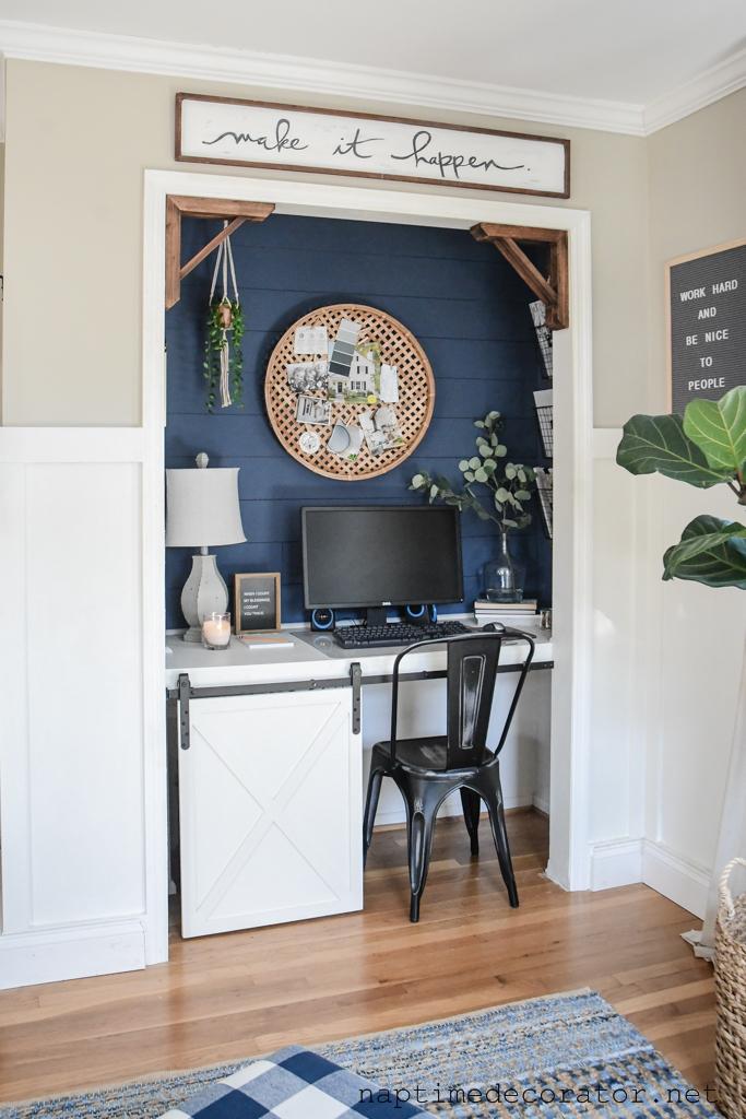 farmhouse style cloffice - a closet office