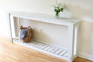 DIY sofa table - farmhouse style sofa table