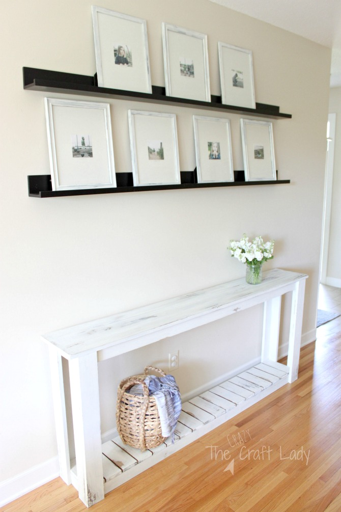 Farmhouse Style DIY Sofa Table - with full build instructions and painting tips