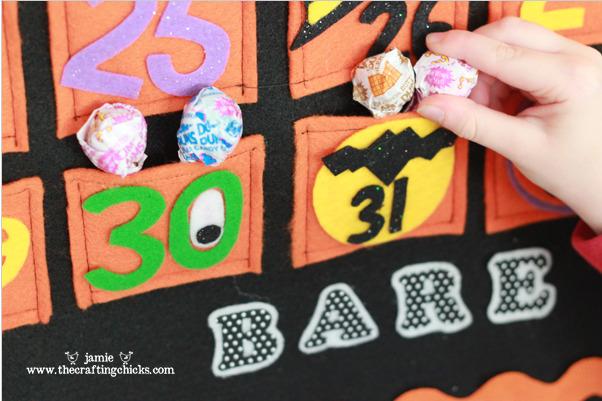 Halloween felt countdown calendar