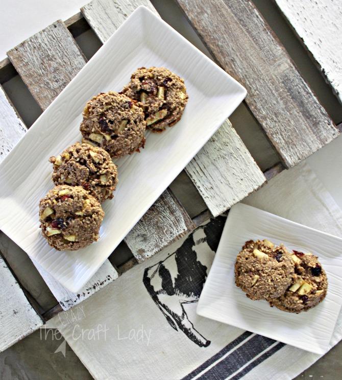 Apple Cinnamon Breakfast Cookies - a delicious and healthy cookie recipe!