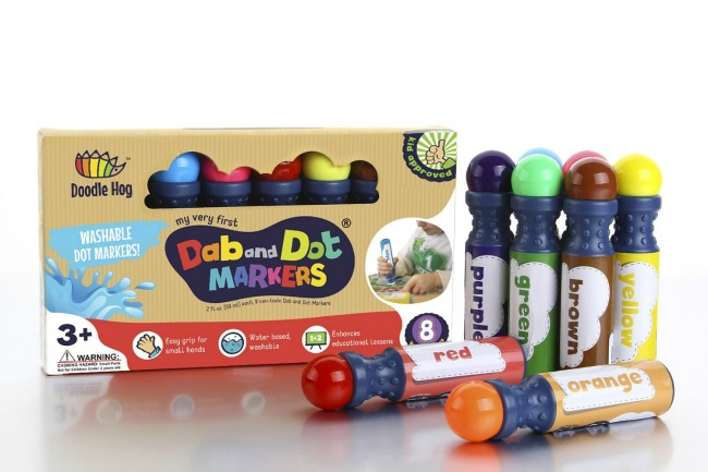 Crafty gifts for kids are the perfect solution for parents, grandparents, aunts, or uncles who don't want do buy another toy. Spark creativity and imagination with a thoughtful creative gift that will provide hours of entertainment.