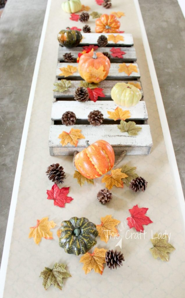 Simple, Inexpensive, and Easy Fall Table Runner and Fall Table Decor