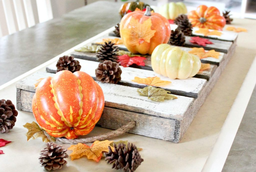 The Easiest Fall Table Runner - simple fall table decor that comes together in seconds