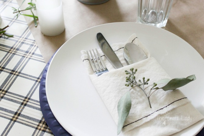 DIY Fabric Napkins - how to sew napkins from just one yard of inexpensive fabric