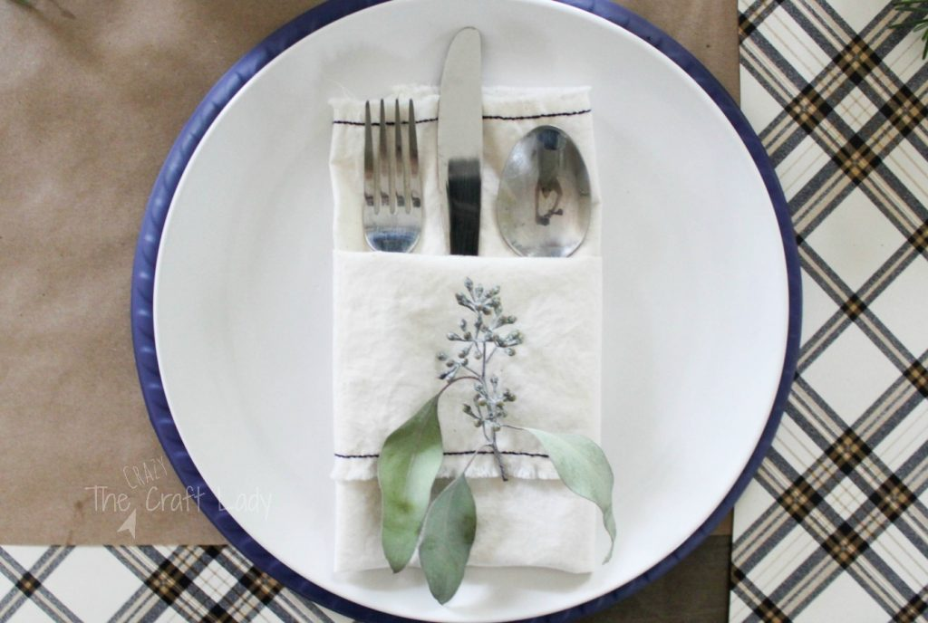 DIY Fabric Napkins - make four napkins from one yard of fabric