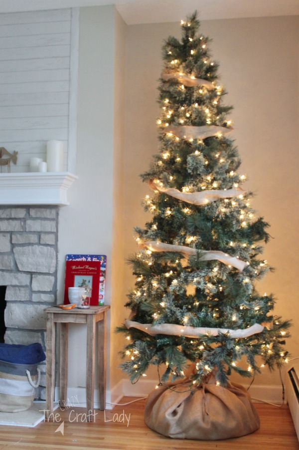 How to decorate your Christmas tree with dollar store ornaments