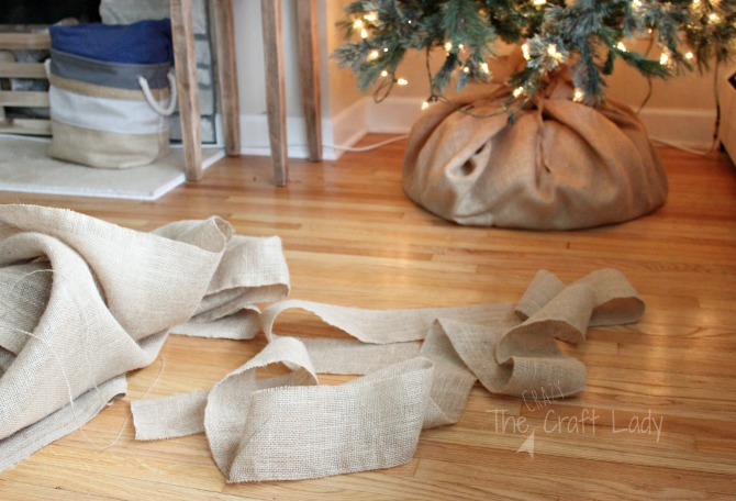 How to make a simple and inexpensive burlap tree skirt and garland