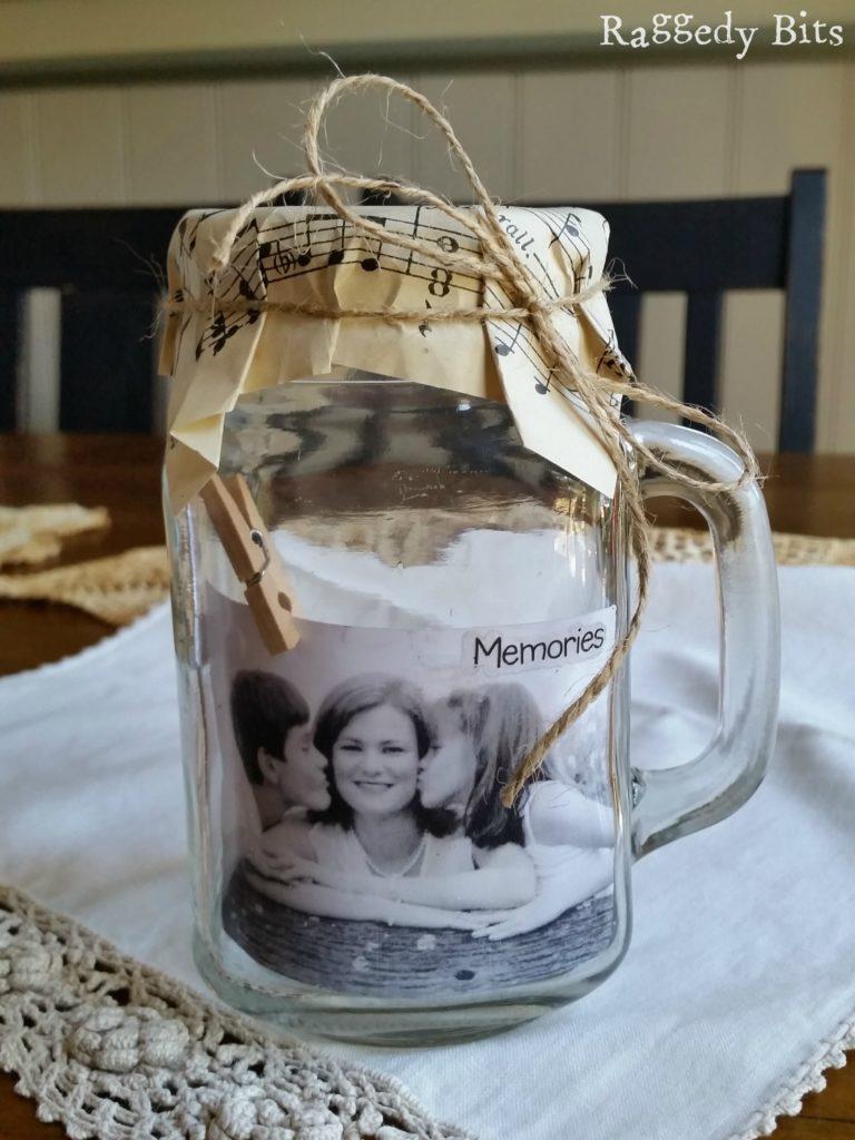 DIY Glass Jar Photo Holder + great DIY Photo Gift Ideas