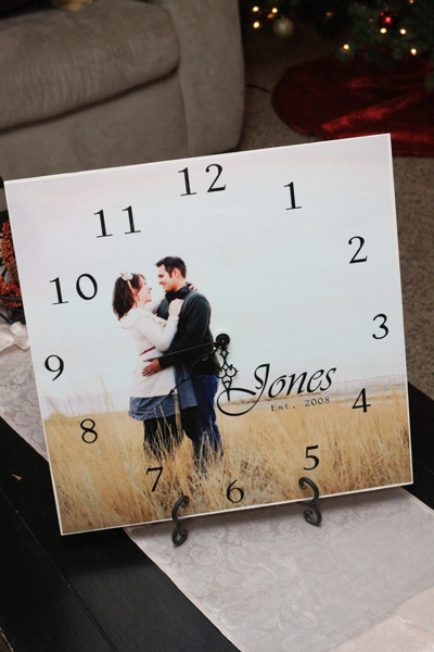 DIY personal picture clock + great DIY Photo Gift Ideas