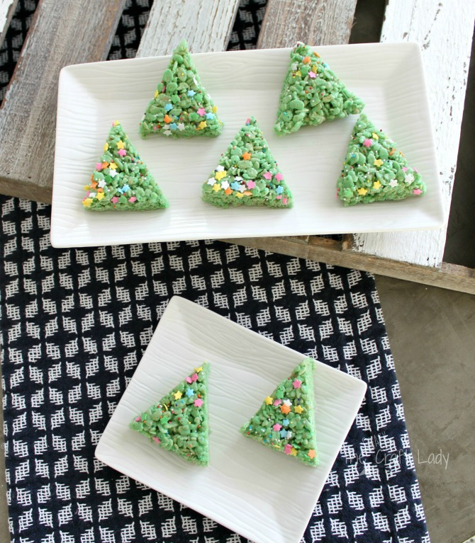 Christmas Tree Rice Krispie Treats - Cereal Bar Christmas Tree Treats