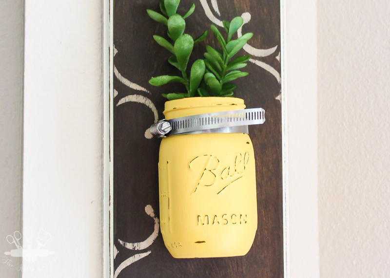Get ready for spring with these genius repurposed crafts for the home. Get inspired with 14 amazing upcycle DIY decor ideas! You won't believe these transformations!