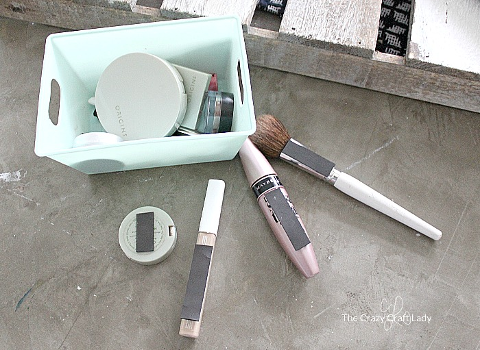 Magnetic Storage Solution for MakeupMagnetic Storage Solution for Makeup