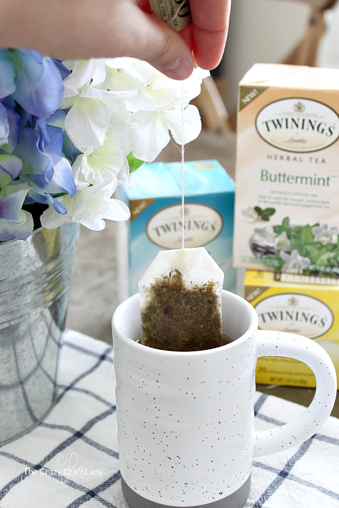 Twinings Lemon Delight tea for Spring