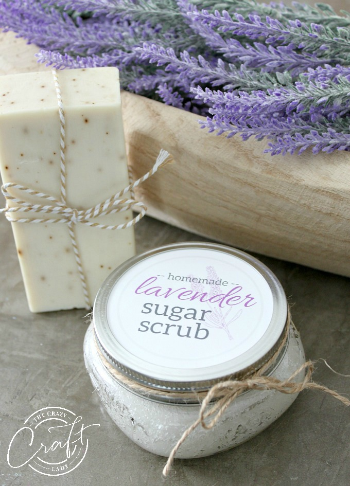 Make a homemade gift or pampering treat with this Lavender Sugar Scrub Recipe. With three simple ingredients, you can make a calming sugar scrub with lavender essential oils. Keep for yourself, or give as a gift to mom, grandma, or a neighbor, using this FREE printable label.