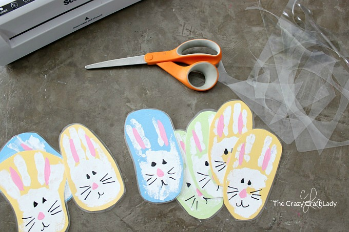trimming the bunny handprint craft