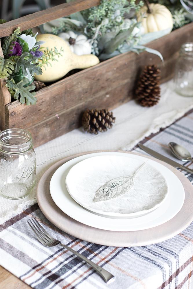 Plaid Scarf Decorating: Fall Plaid Scarf Table Cloth
