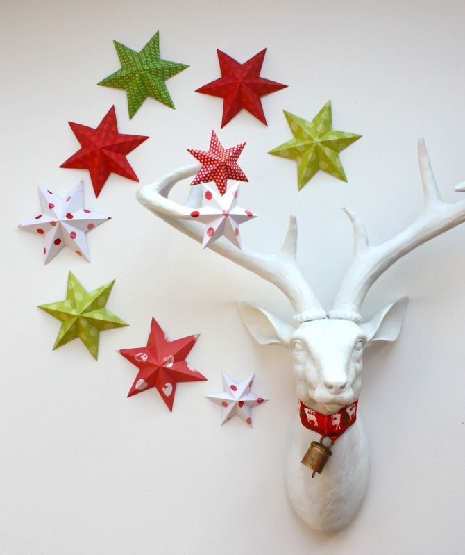 DIY 3-D Paper Stars - Creative Paper Christmas Decorations