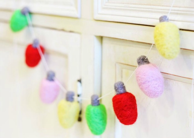 New and Unexpected Christmas Tree Garland Ideas - DIY Felted Christmas Lights Garland