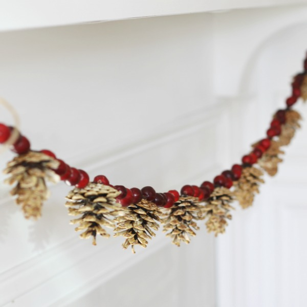 New and Unexpected Christmas Tree Garland Ideas - Pinecone and Cranberry Holiday Garland