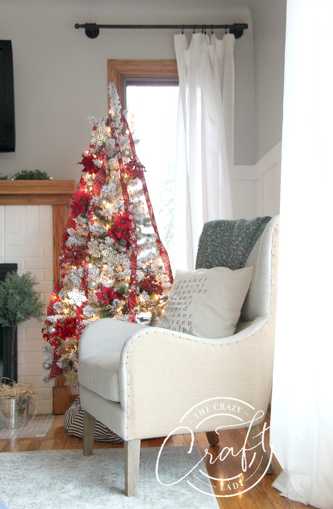the cheapest artificial Christmas tree