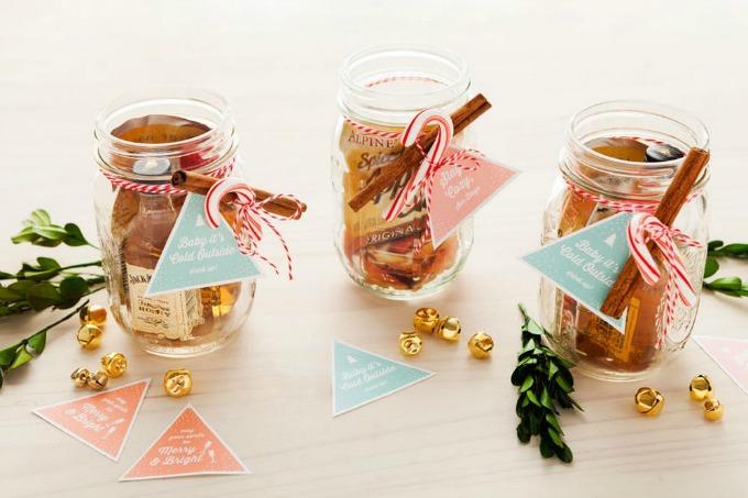 Mason Jar Cocktail Stocking Stuffer Idea - Beautiful Mason Jar Christmas Gifts