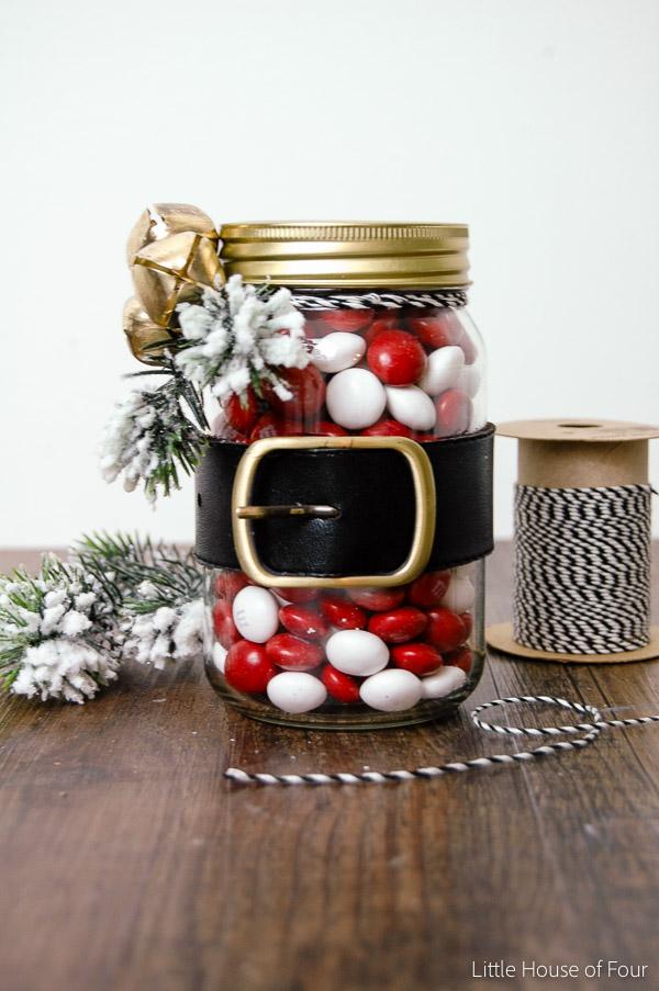 Santa Belt Dollar Store Jars - Beautiful Mason Jar Christmas Gifts