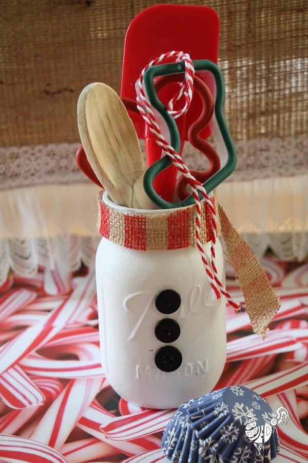 Snowman Mason Jar Kitchen Gift - Beautiful Mason Jar Christmas Gifts