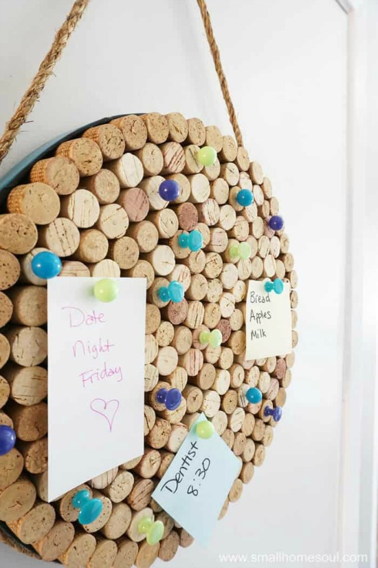 DIY Wine Cork Note Board Command Center - Pretty AND Functional Wine Cork Crafts