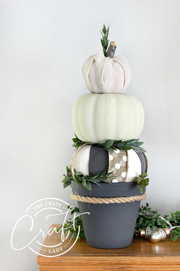 DIY Dollar Store Fall Pumpkin Topiary