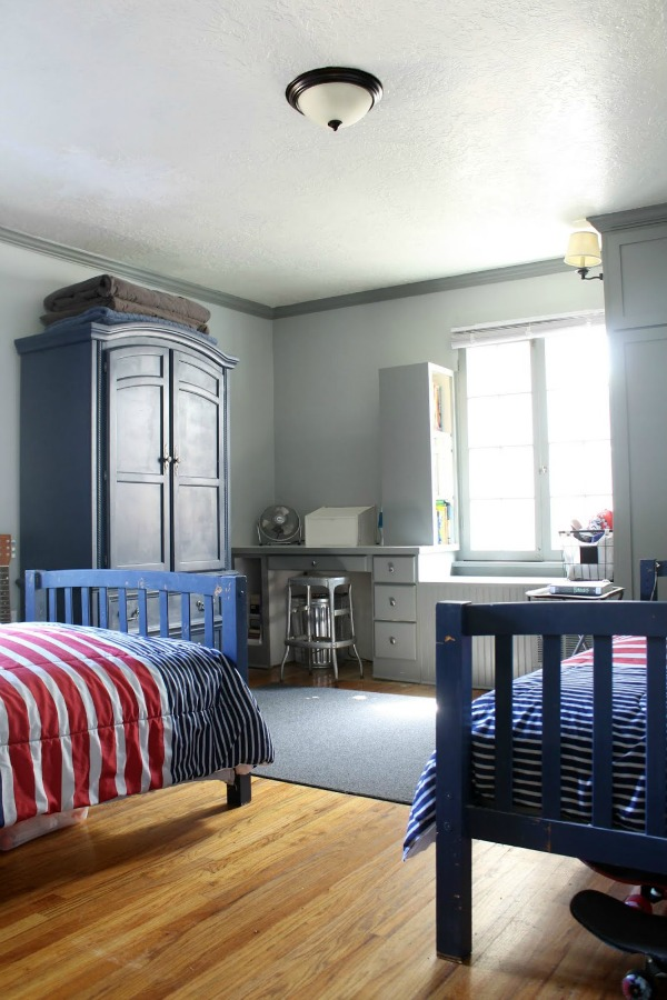 Sherwin Williams Naval SW6244 painted bedroom set