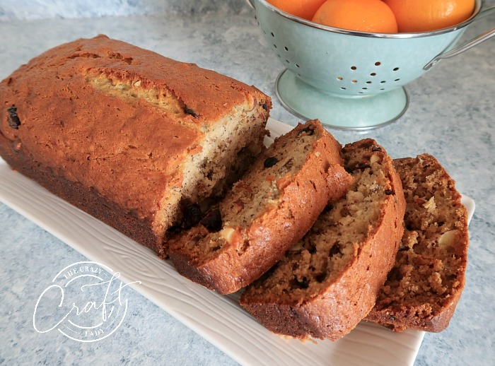 almond and cranberry banana bread
