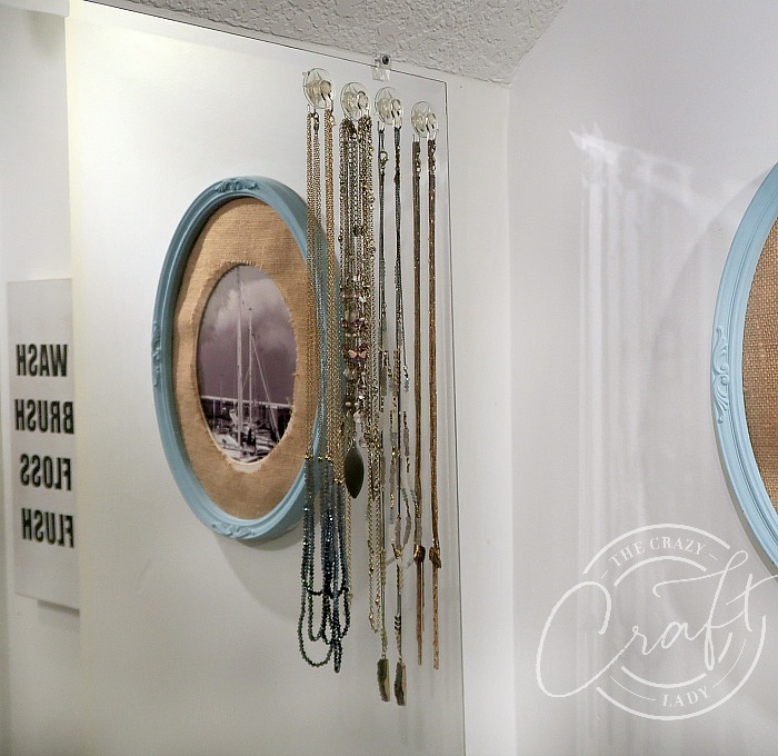 hang necklaces on your mirror with suction cups