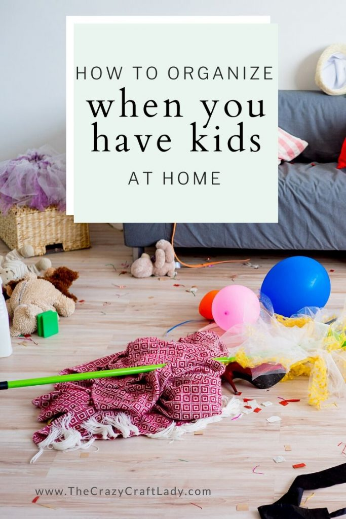 Here are my 5 tips for keeping kids stuff organized and the clutter from taking over your home. You can have kids and be organized, too!