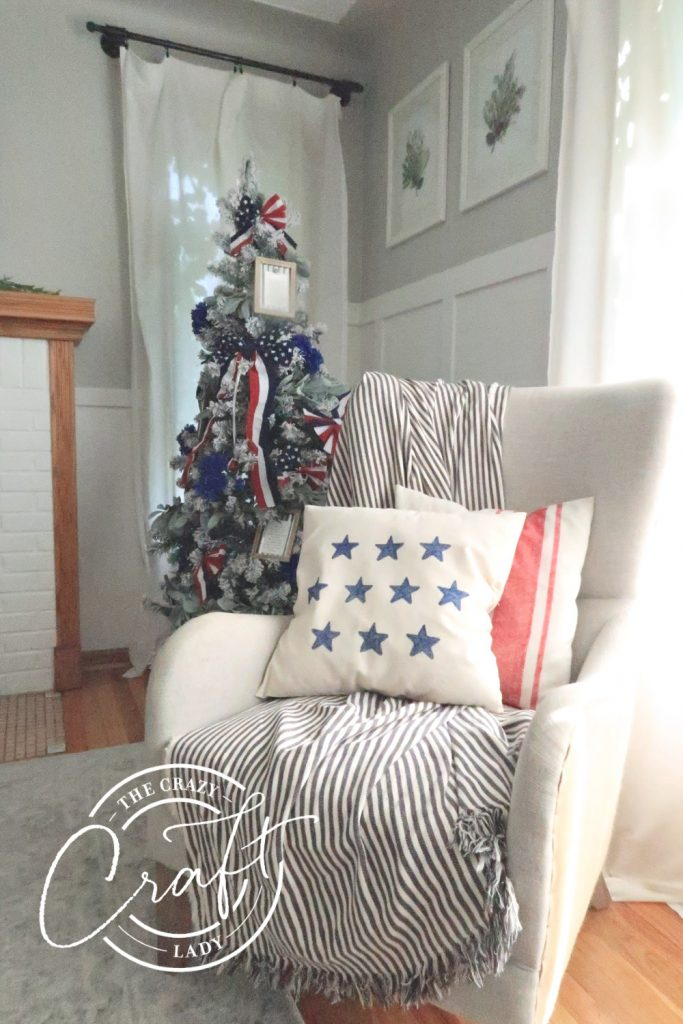 Patriotic 4th of July decor - DIY pillow cases and a red white and blue Christmas tree