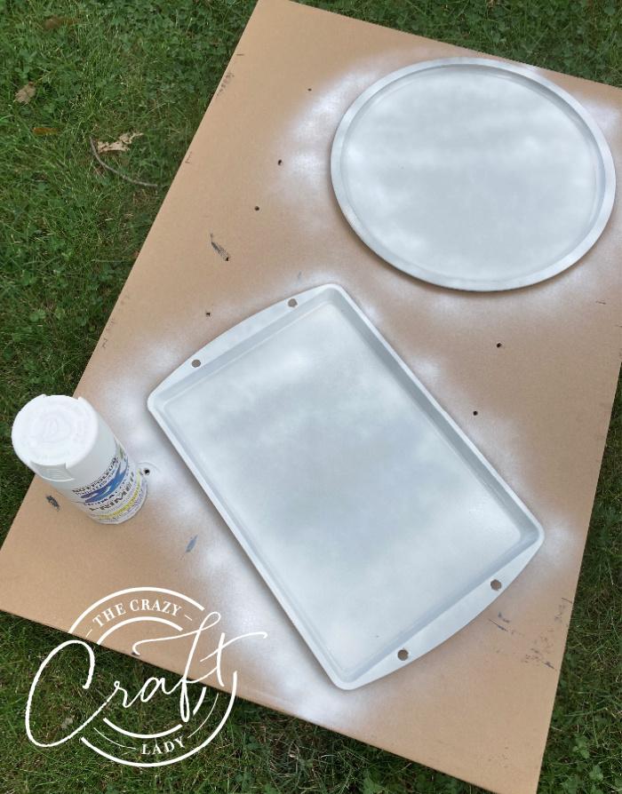 spray painting dollar store baking sheets