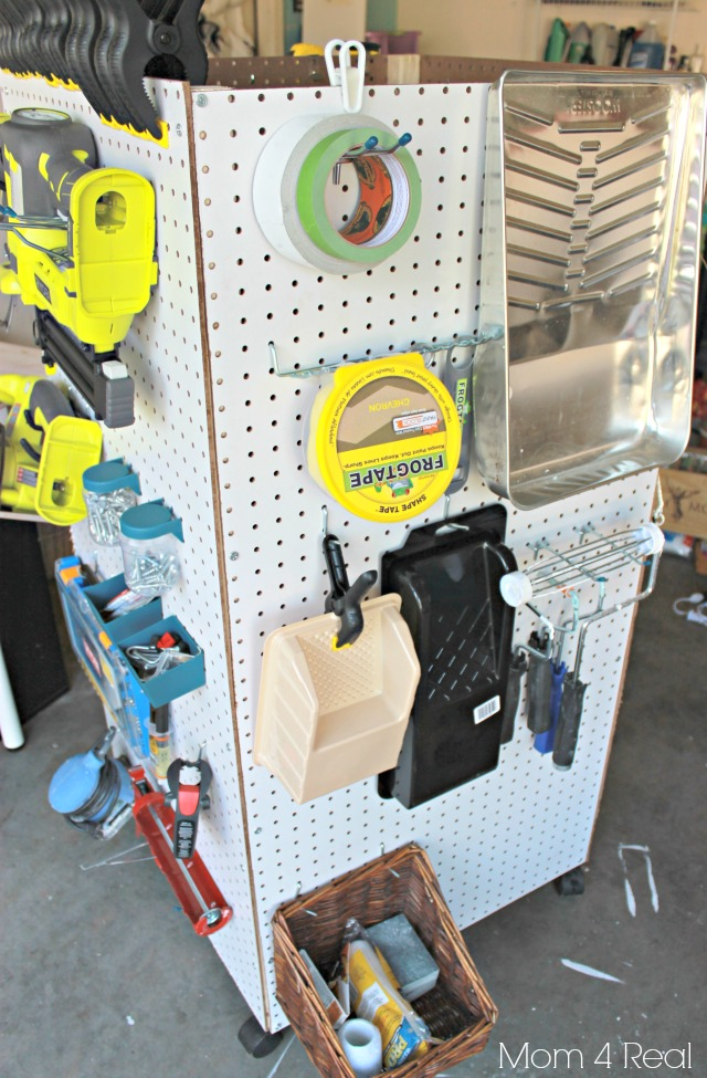 creative pegboard organizing idea: portable DIY caddy from pegboards