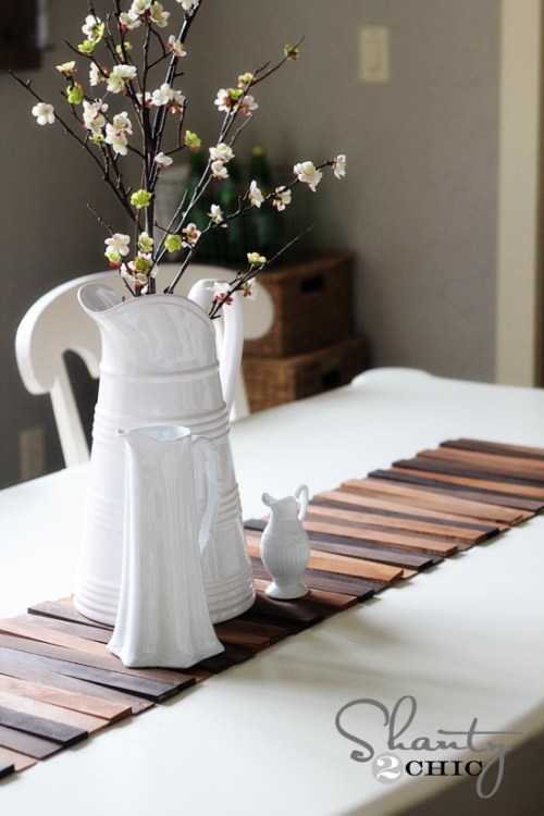 Make a wooden table runner with different wood stains